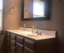 Bathroom, 42 N 3rd St