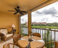7340 Amberly Ln, Villages of Oriole, FL