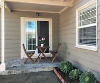 33 Garden Ln, Daly City, CA