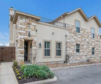 5923 Whitby Rd, Lackland, TX
