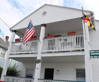 107 7th St, Ocean City, MD
