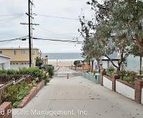 124 10th St, Manhattan Beach, CA
