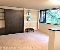 2020 SW Main St, Goose Hollow, Portland, OR