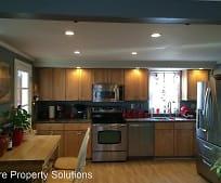 Kitchen, 10 Newton Ave