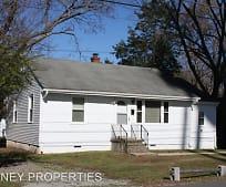 Building, 104 N Cedar Ave