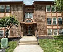 15 Friendswood Ct 15C, Pikesville High School, Baltimore, MD