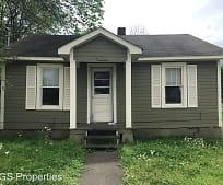Building, 635 Tucker St