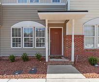 705 Glen Rd, West Smithfield, NC