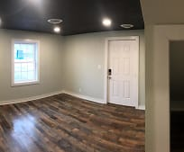 Dining Room, 407 S Kanawha St