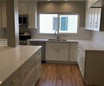 Kitchen, 819 N Acacia Ave