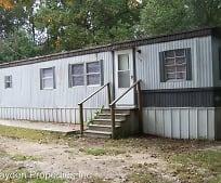 Building, 113 Ponds Ln