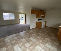 253 Tracy Ave, Eagle Point, OR