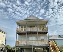 106 High Point Ave, Surf City, NC