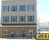124-126 E Broad St, 18202, PA