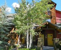 Building, 27 Lake Ridge Cir