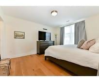 Bedroom, 247-249 Meridian St