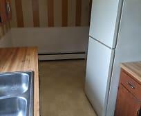 Kitchen, 531 Surrey Ave
