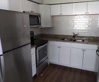 Kitchen, 7102 S Mascotte St