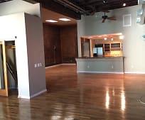 133 Salem Ave SW, Downtown Roanoke, Roanoke, VA
