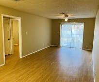 Living Room, 145 Jennifer Ln