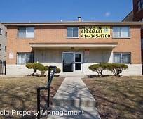 Building, 3110 W Wells St