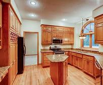 Living Room, 4005 Deerwood Trail