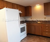 1220 Meadowview Dr, Marion, IA