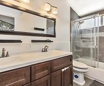 Bathroom, 2517 Pearson Ave