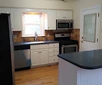 Kitchen, 9209 S Troy Ave