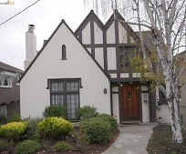 1048 Annerley Rd, Lakeshore, Oakland, CA
