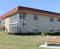 43 Woodland Dr 207, Lakewood Park, FL