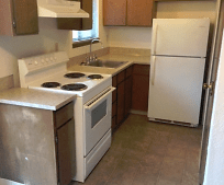 Kitchen, 635 S 5th St