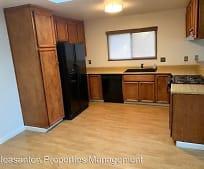 Kitchen, 3595 Ballantyne Dr