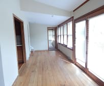 203 W Roberts Rd, Rivers Edge, Chicago, IL