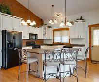 Kitchen, 15265 Pusheta Rd