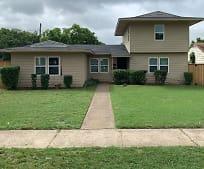 818 Ryan Rd, Cockrell Hill, TX