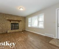 Living Room, 9114 Vaughn Ave