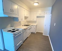 Kitchen, 13637 Cordary Ave