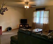 Living Room, 173 W Mechanic St