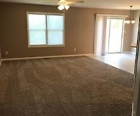 Living Room, 103 Grassyway Ct