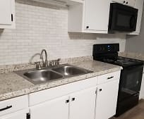 Kitchen, 347 Broad St