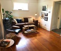 Living Room, 9724 SE Ellis St