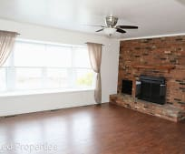 6910 Carriage Hill Dr, Central Elementary School, Brecksville, OH