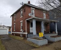 671 W Hopocan Ave, Barberton, OH