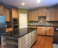Kitchen, 405 Kendrick Terrace SW