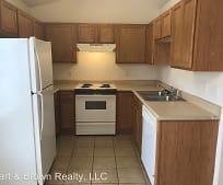 Kitchen, 504 Twin Oaks