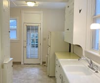 Kitchen, 31 E Belvidere St