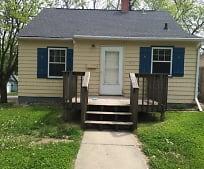 1900 S Prairie Ave, Augustana, Sioux Falls, SD