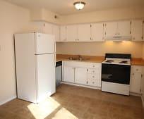 Kitchen, 2591 Sandbury Blvd