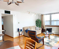 Living Room, 1707 N Prospect Ave